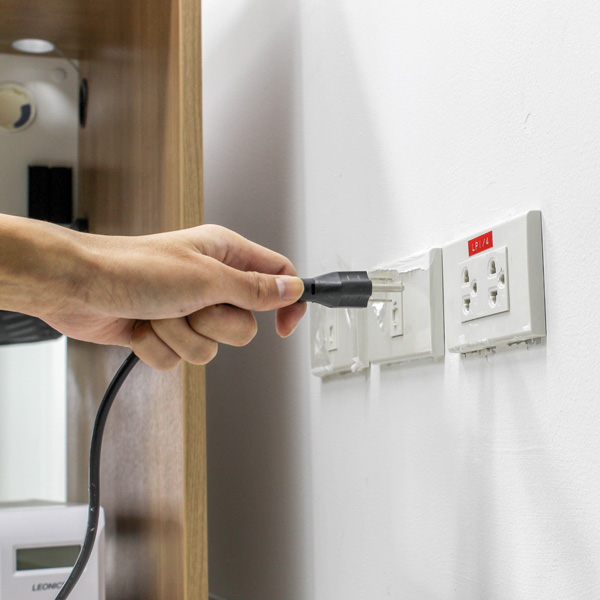 Plugs Sockets